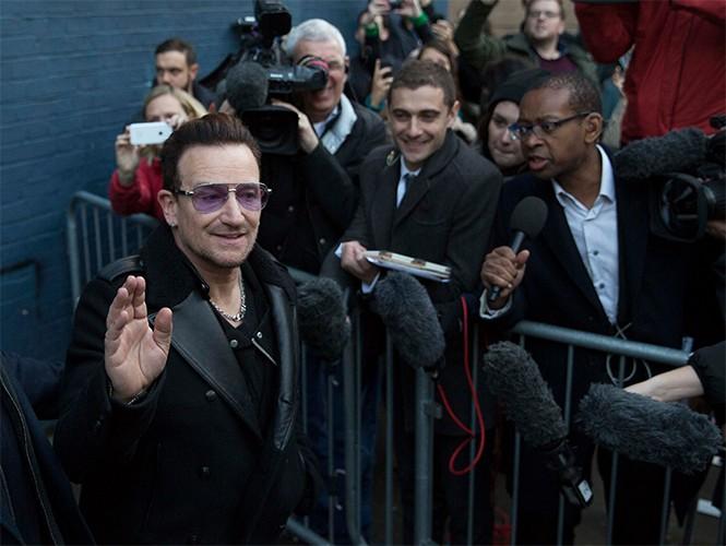 """U2 nella nuova versione di """"Do They Know It's Christmas?"""" Do_the11"""