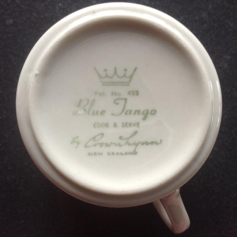 Tango Blue by Crown Lynn - Page 2 Blueta10