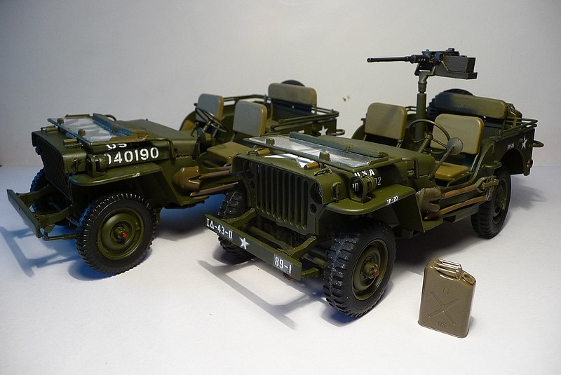 NOUVEL ACHAT=  U.S. JEEP WILLYS MB  -  MITSUWA MODEL 1/20   Display type P1050724