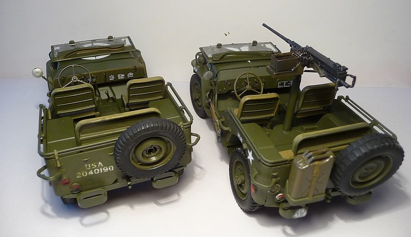 NOUVEL ACHAT=  U.S. JEEP WILLYS MB  -  MITSUWA MODEL 1/20   Display type P1050726