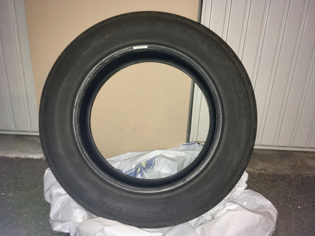 Vends pneu Bridgestone Dueler HP Sport AS 07bda310