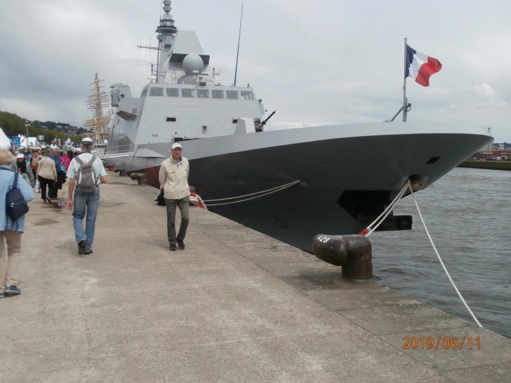 [ Divers frégates ] FREMM Bretagne  - Page 4 P6110012