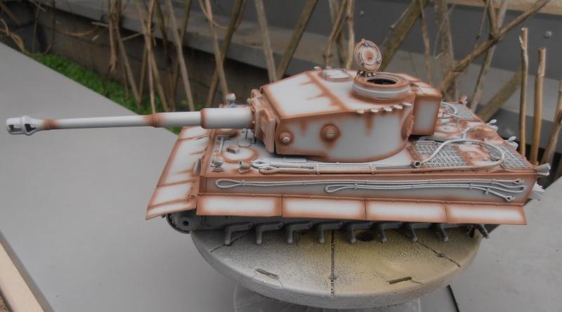 Tiger I ( tamiya 1/35 eme ) Pb300610