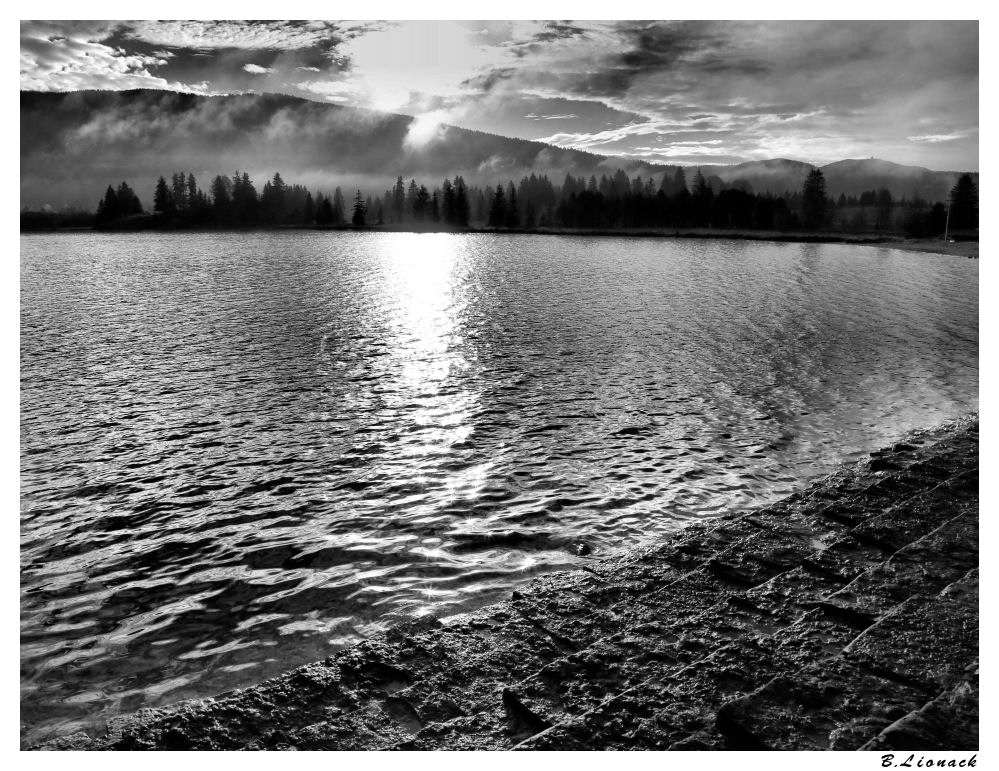 Au bord du lac Lacnb10
