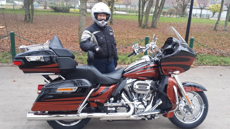 CVO Road Glide 2015 ! - Page 2 Galaxy14