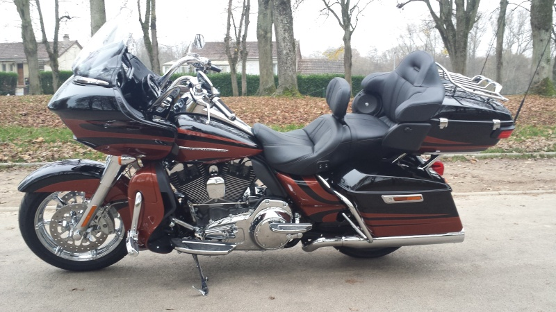 CVO Road Glide 2015 ! - Page 2 Galaxy15