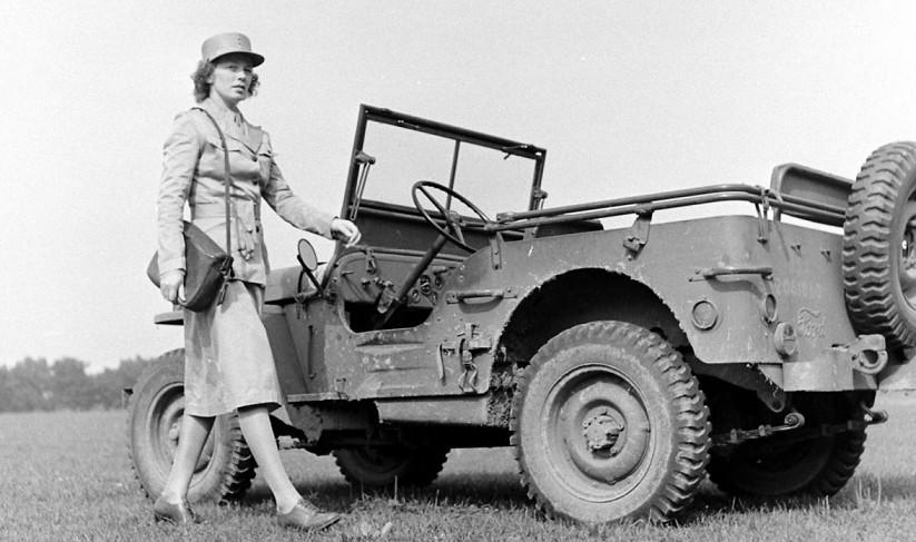Jeep Willys - 1/8ème - Ed. Hachette - Construction par Glénans (Partie 2) - Page 6 Aad10