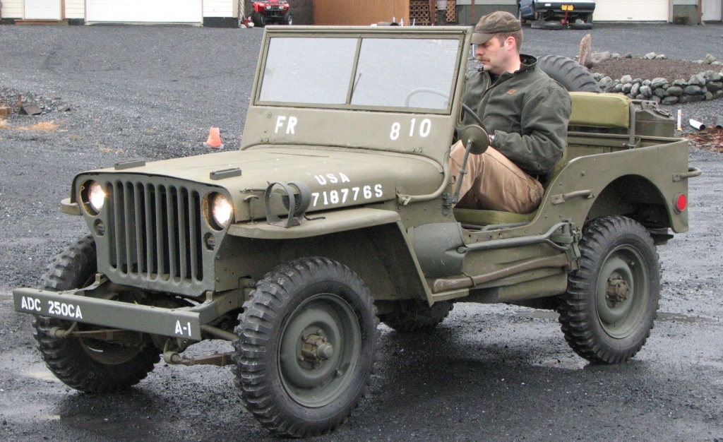 Jeep Willys - 1/8ème - Ed. Hachette - Construction par Glénans (Partie 2) - Page 6 Jeep-w10