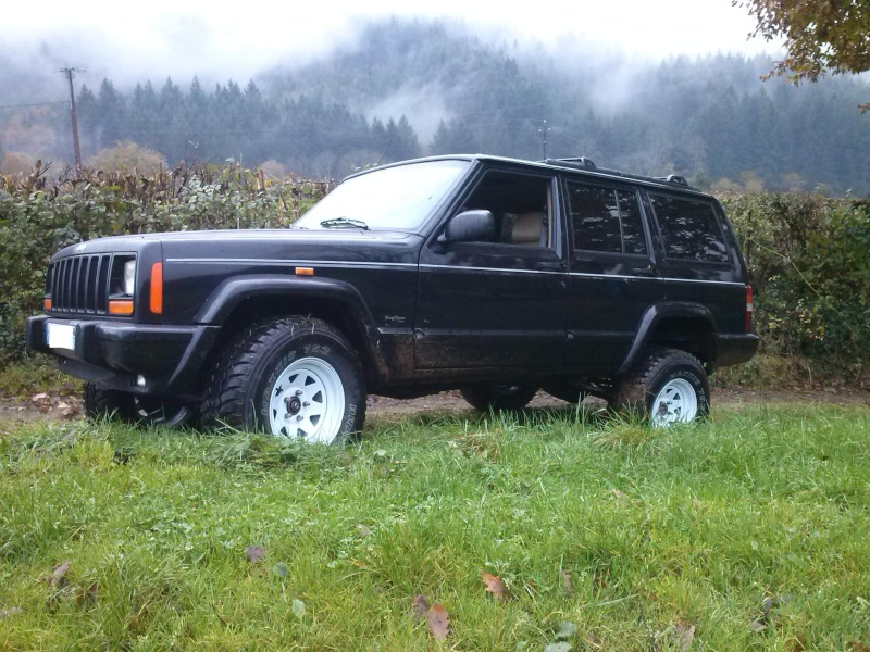 Mon Cherokee XJ!!  Cam00510
