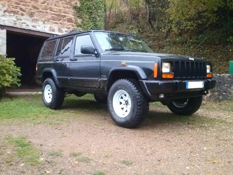 Mon Cherokee XJ!!  Cam00513