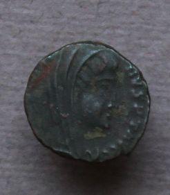 nummus de  Constantin 1er le grand, Rome et Constans Img_9118