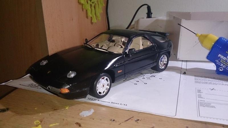 Italeri Porsche 928 S4 10419410