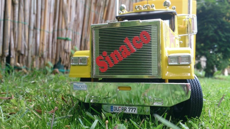 Revell Sinalco Show-Truck 10637711
