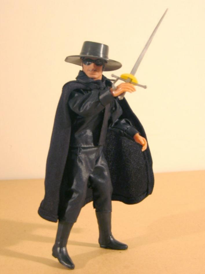 SCHEDA DI:Zorro mego/palitoy Zorron10