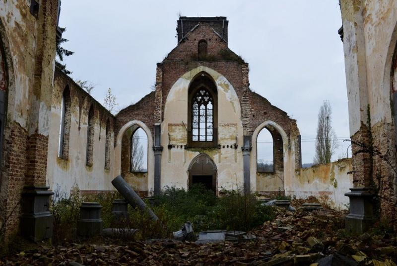 L'église. 2014-133