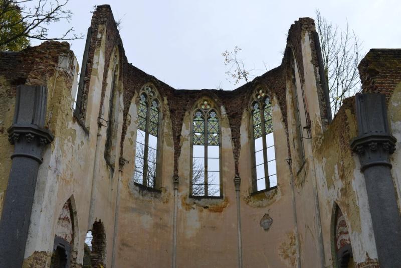 Suite et fin de l'église. 2014-142