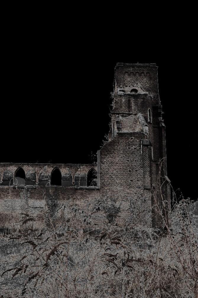 Suite et fin de l'église. 2014-143