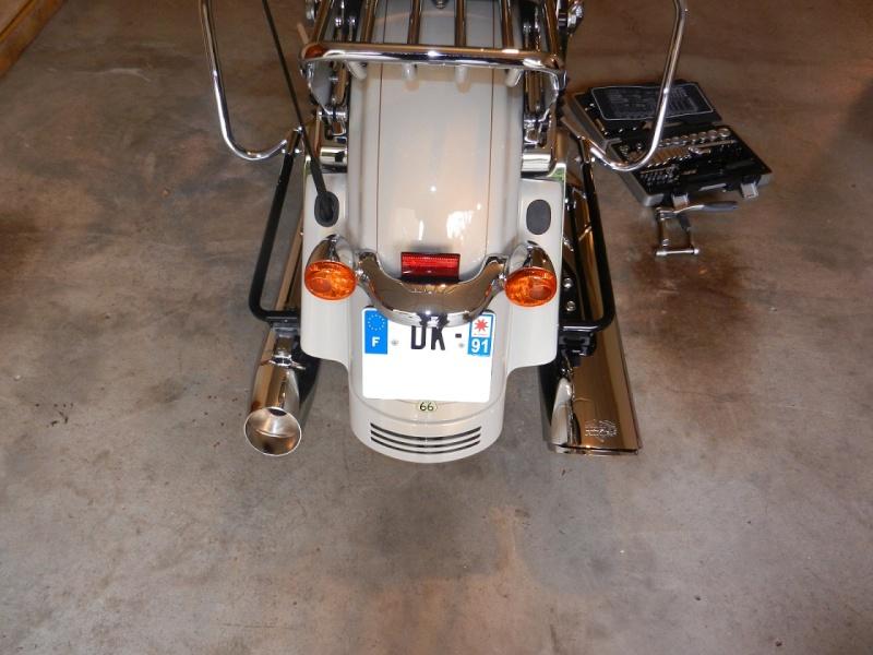 Pots sur une touring Street Glide Dscn2212