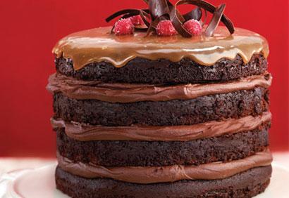 Un gâteau au chocolat et caramel... décadent! Gateau10