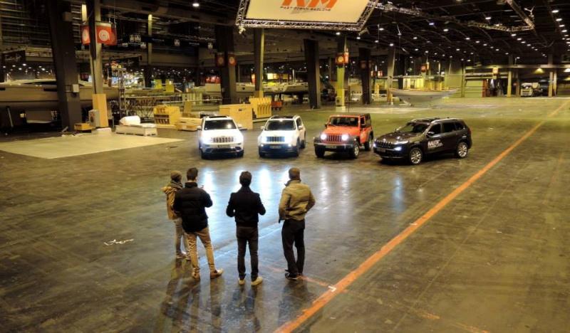 Escorte Jeep Salon Nautic ! 10624710