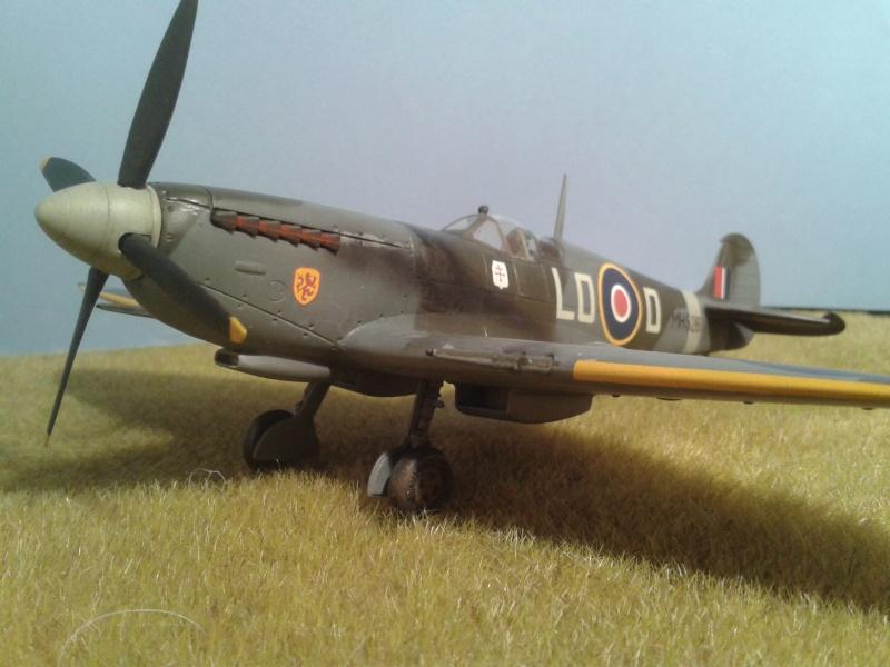 SPITFIRE Mk IX - Pierre CLOSTERMAN- 1945 2014-114