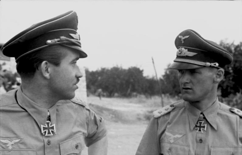 La chemise de la Luftwaffe Cgn10