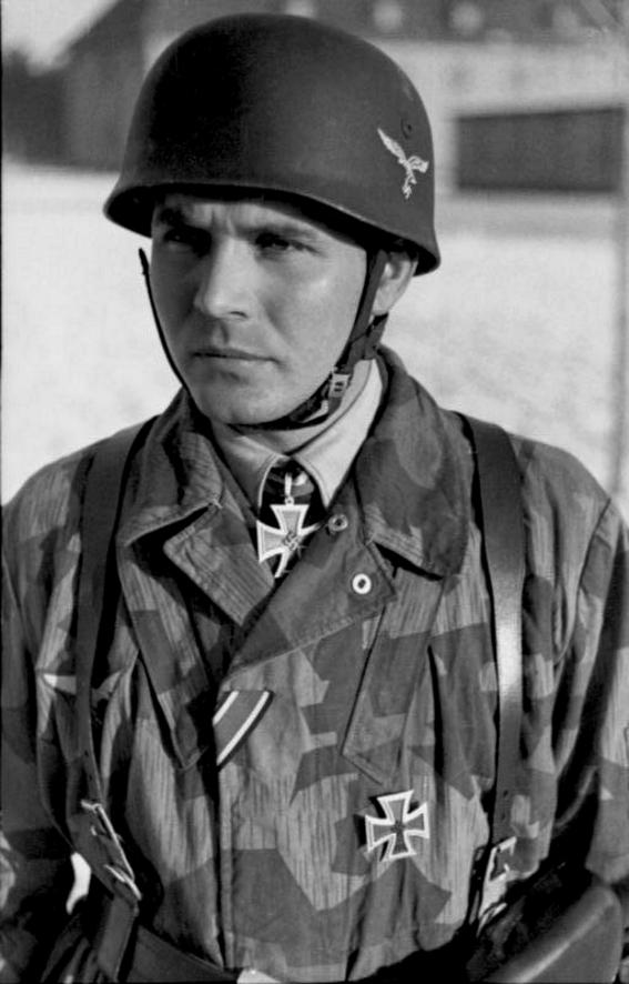 L'influence du camouflage allemand ww2, de nos jours. - Page 3 E210