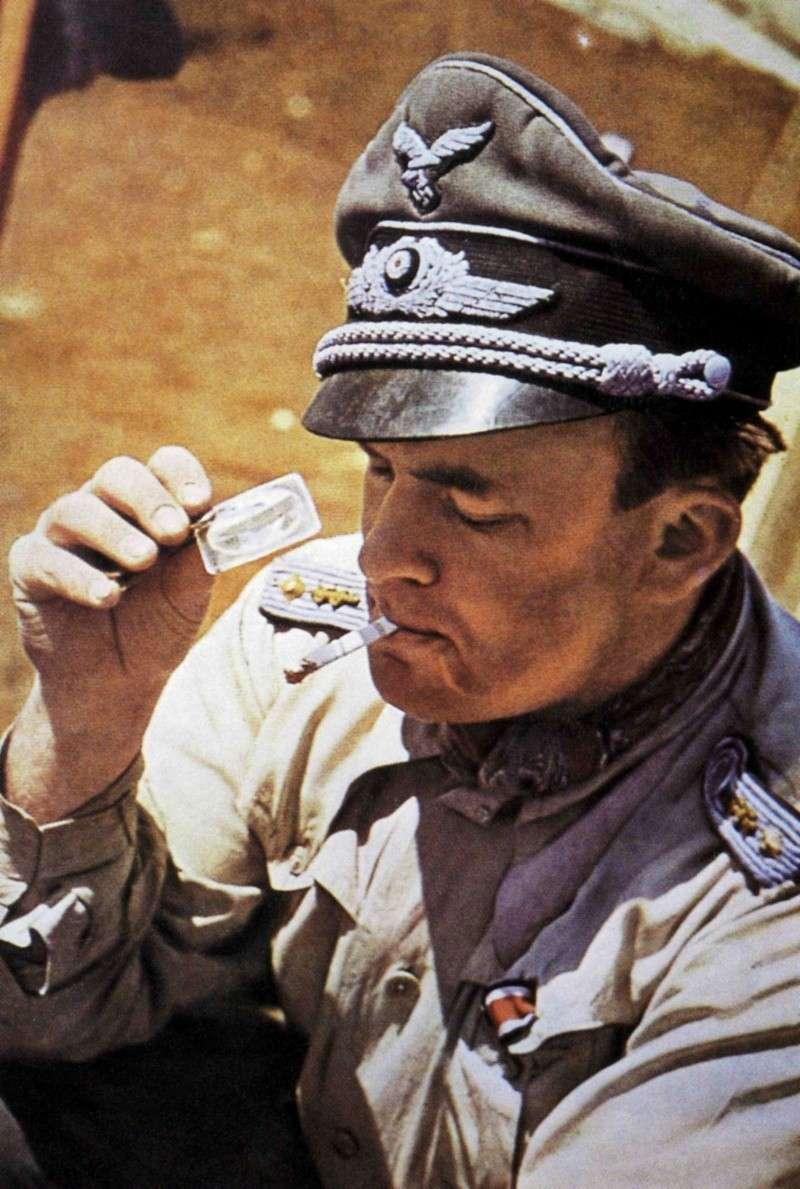 La chemise de la Luftwaffe Thrt1010