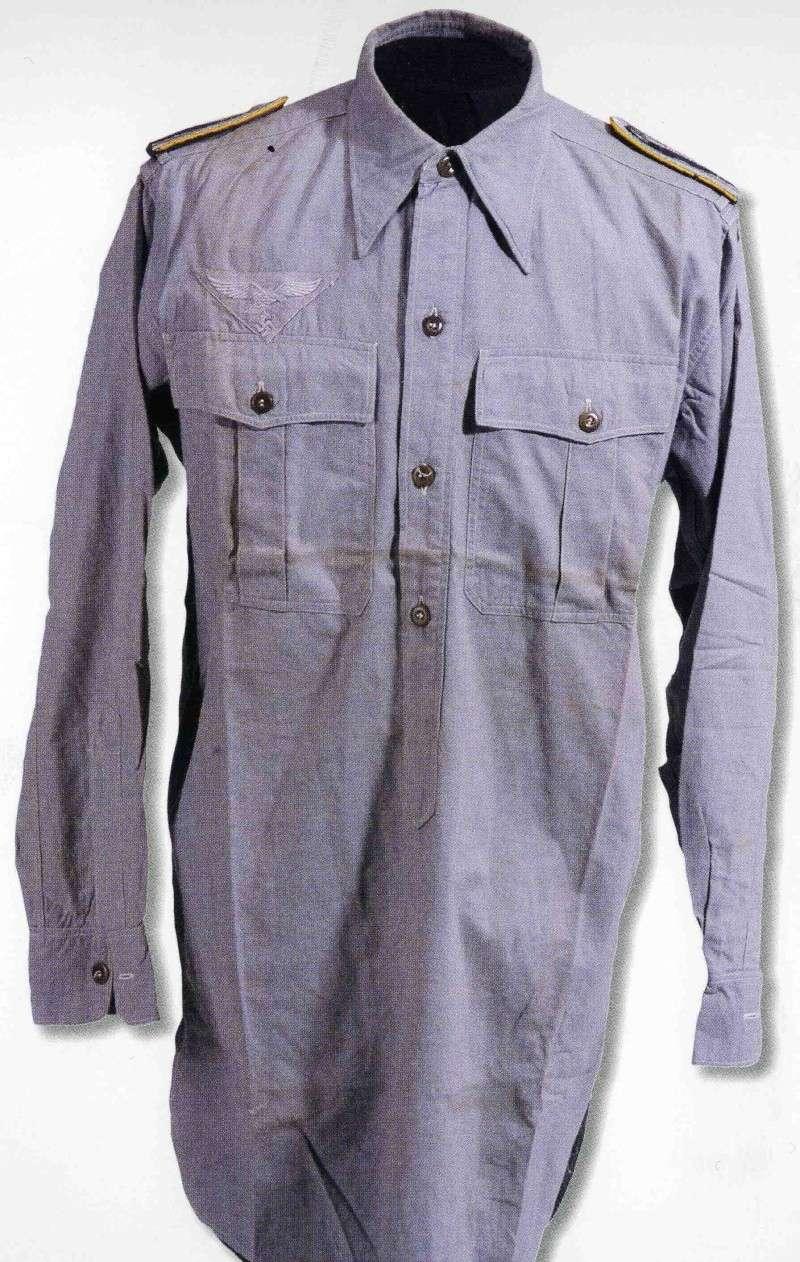 La chemise de la Luftwaffe Tttttt10