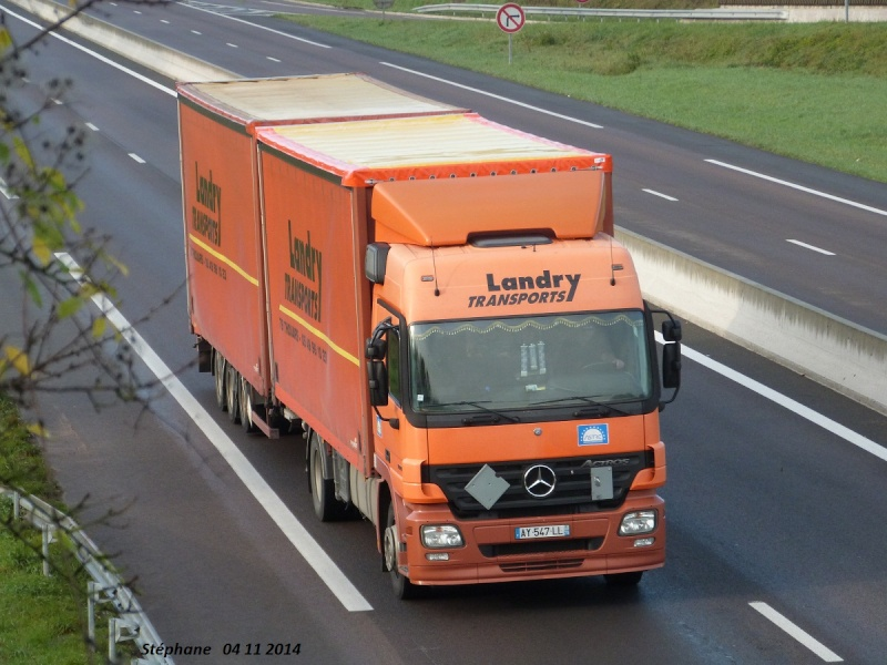Landry Transports (Thouars 79) P1290139