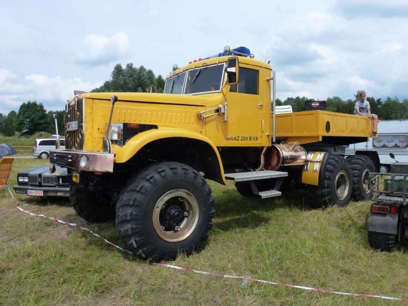 KrAZ-255B Russian Heavy Truck - 1/25 by MiniManFactory P1120210