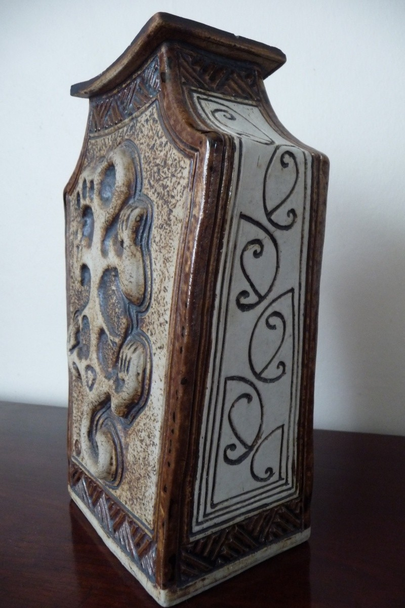 Te Maori Pottery - Louise Pickford P1050327