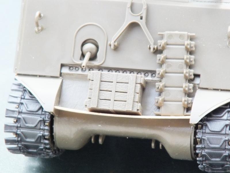 Sherman A3E2  Tamiya 1/35 et canon alu Rb models.  (Patine en cours) - Page 2 Dscf7214