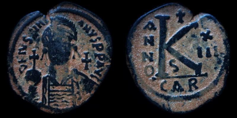 Byzantivm - l'histoire de l'empire byzantin et ses monnaies  - Page 5 0527-j11
