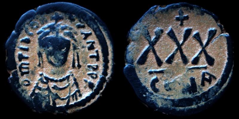 Byzantivm - l'histoire de l'empire byzantin et ses monnaies  - Page 5 0578-t10