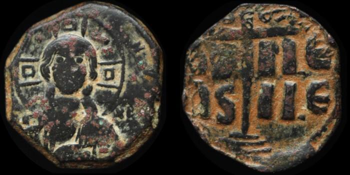 Byzantivm - l'histoire de l'empire byzantin et ses monnaies  - Page 5 1028-r10