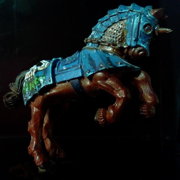 Die vermeintliche Räuberbande - Seite 4 Pferd010