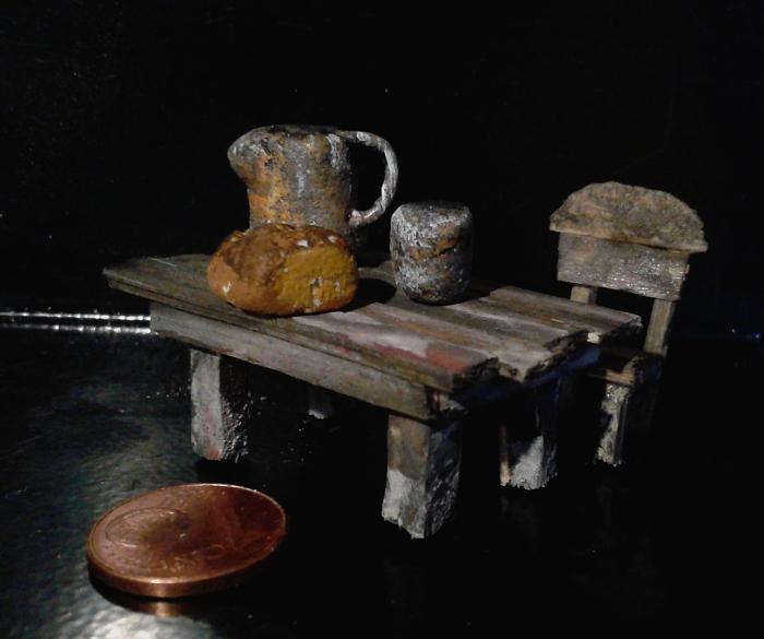 Die vermeintliche Räuberbande - Seite 3 Tisch012
