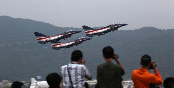 Zhuhai 2014 (11 au 16 Novembre) -  Airshow China 2014      1013