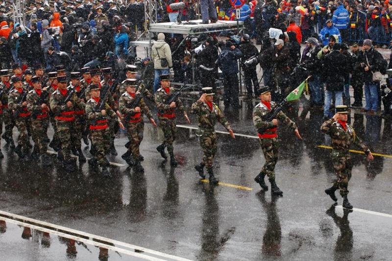 Armée Roumaine/Romanian Armed Forces/Forţele Armate Române - Page 7 1128