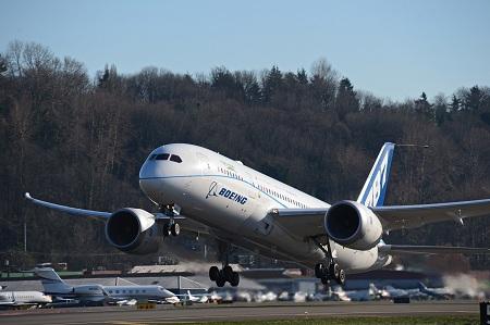 Le Boeing 787 est arrivé - Page 5 116