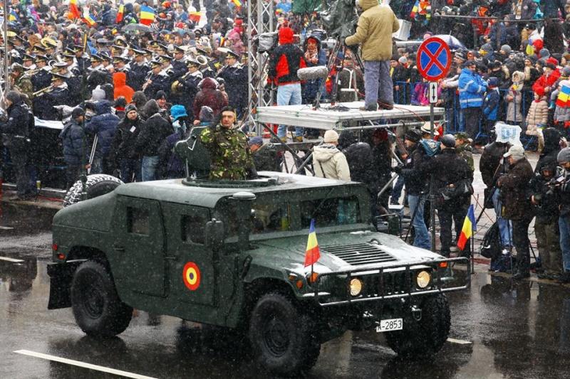 Armée Roumaine/Romanian Armed Forces/Forţele Armate Române - Page 7 2116