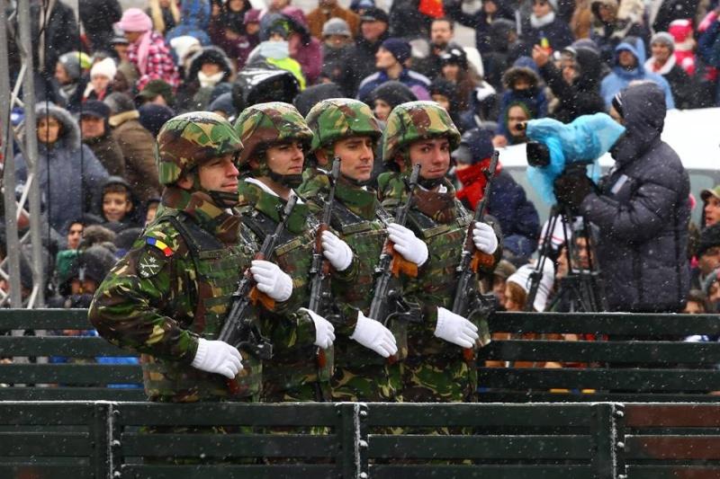Armée Roumaine/Romanian Armed Forces/Forţele Armate Române - Page 7 2213