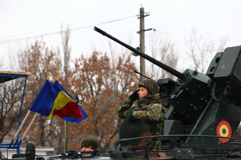 Armée Roumaine/Romanian Armed Forces/Forţele Armate Române - Page 7 2510