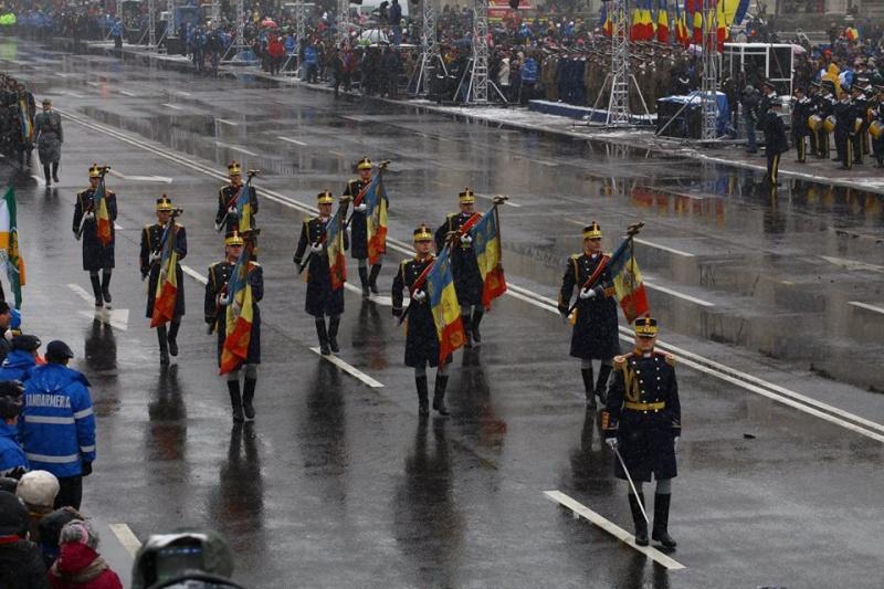 Armée Roumaine/Romanian Armed Forces/Forţele Armate Române - Page 7 3810