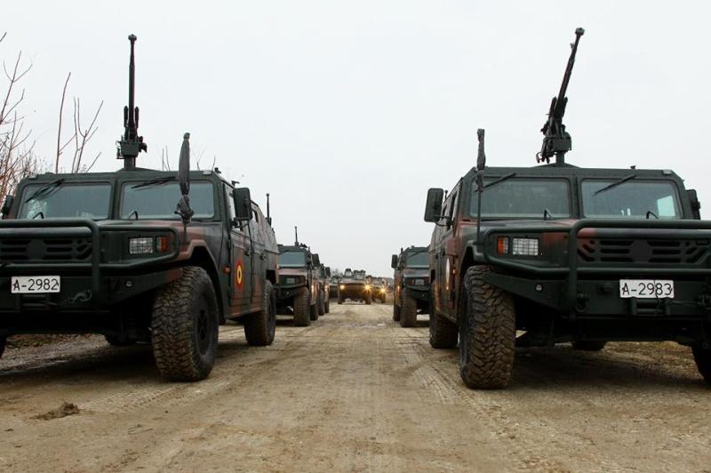 Armée Roumaine/Romanian Armed Forces/Forţele Armate Române - Page 7 562