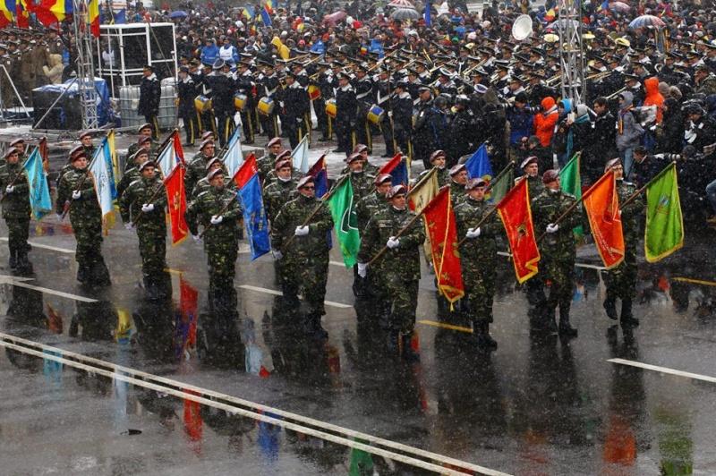 Armée Roumaine/Romanian Armed Forces/Forţele Armate Române - Page 7 568