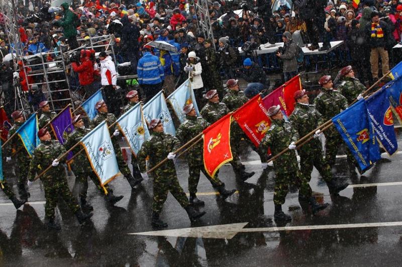 Armée Roumaine/Romanian Armed Forces/Forţele Armate Române - Page 7 749