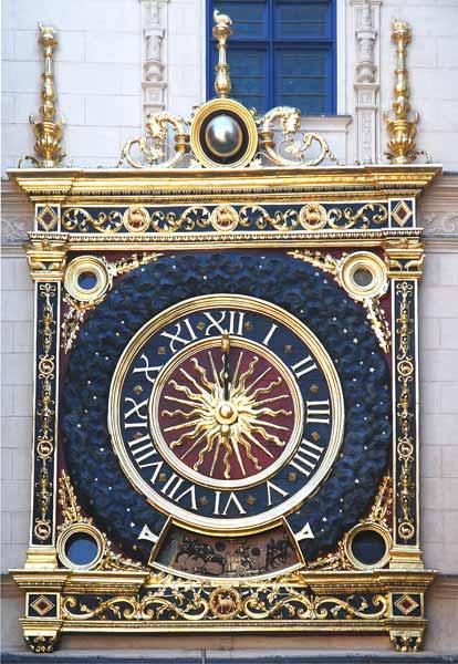 Reçu un beau diapo....Les horloges et pendules des rues..... Cadran10