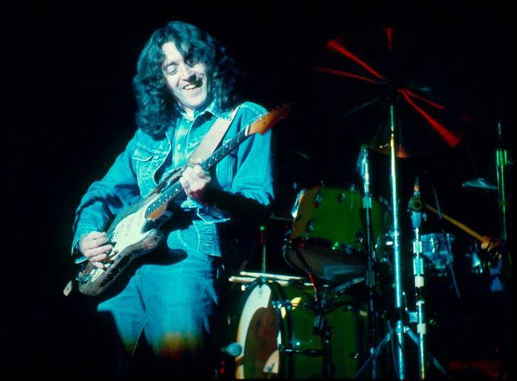 Photo de K.C Wilsey - Tower Theatre - Philadelphie (USA) - 5 décembre 1975 10435510